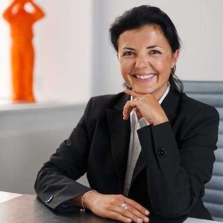 Nadia DeWachter